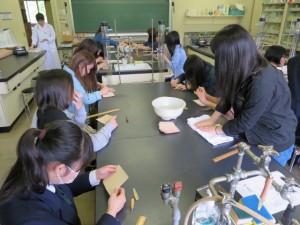 体験授業:革の小物入れ制作体験